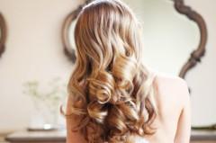 【初心者向け】コテで作る簡単かわいい巻き髪のやり方を動画でおさらいっ!